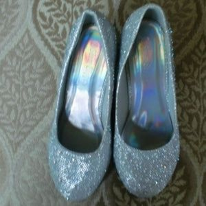 Other - girls sparkling silver shoes